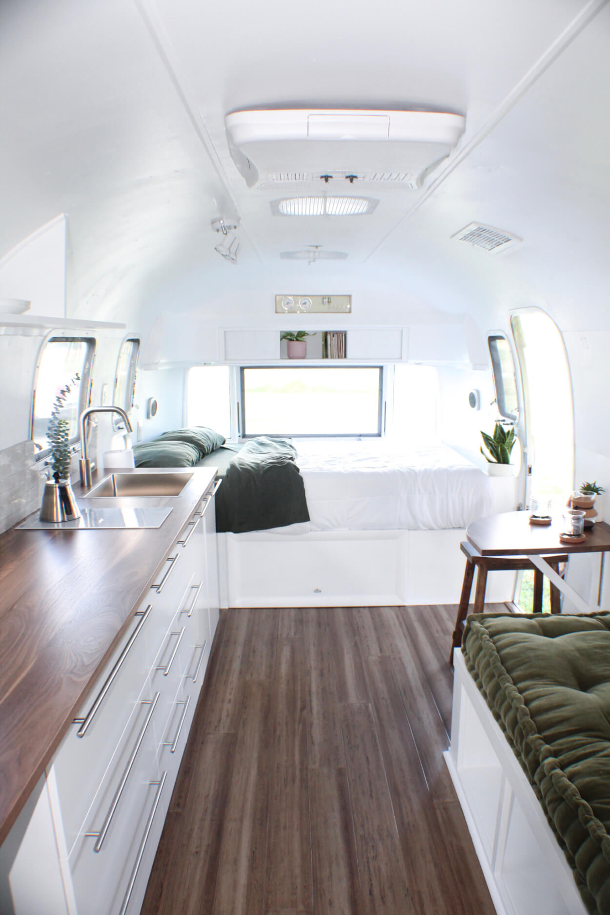 Mattox the Airstream10