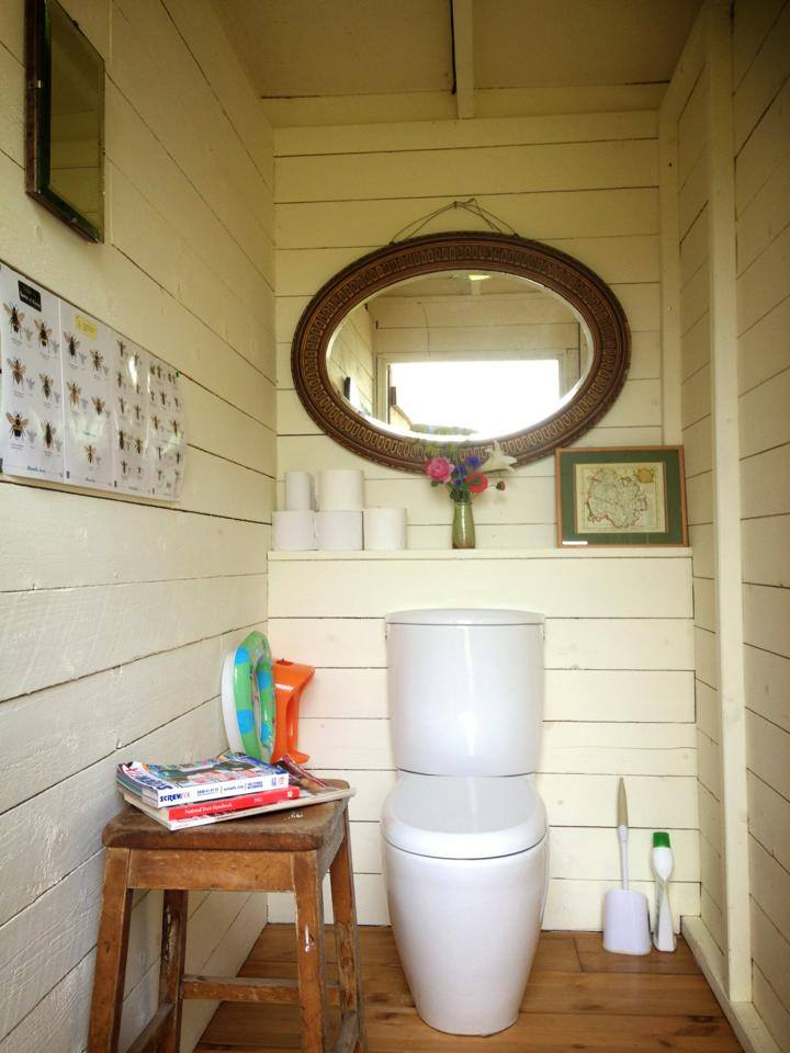 majestic-bus-tiny-home-conversion-bathroom